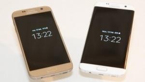 Samsungs neue Smartphones: links das Galaxy S7, rechts das Galaxy S7 Edge