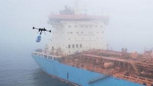 Tankschiff Maersk Edgar mit  Drohne
