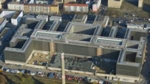Die neue BND-Zentrale in Berlin aus der Luft