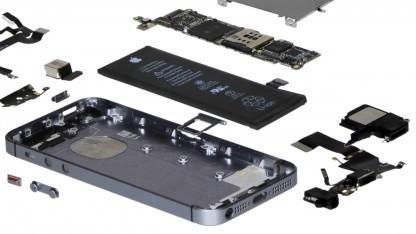 Das iPhone SE in seine Einzelteile zerlegt