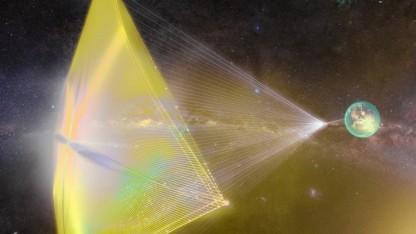 Die kleinen Raumschiffe sollen vor einem Laserstrahl segeln.