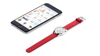 Eines von Withings Produkten: die Fitness-Uhr Activité Steel