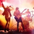Harmonix: Online-Musikband für Rock Band 4