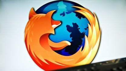 Firefox 46 erkennt Webkit-Präfixe, um Webseiten richtig darzustellen.