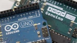 Der Arduino und Genuino Uno R3