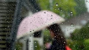 Regen: Doppelschicht aus Elektronen und Ionen
