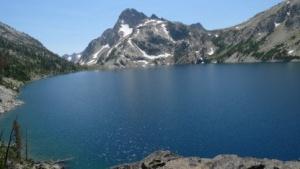 Sawtooth Lake und Mount Regan im Sommer: Intel mag offenbar ländliche Idylle.
