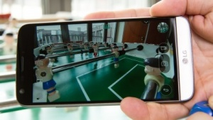 Das LG G5 hat zwei Kameras - eine normale und eine für Weitwinkelaufnahmen.