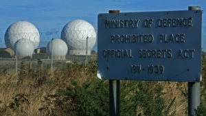 Nicht nur der Zutritt zum GCHQ-Gelände ist beschränkt - auch die Datenbank soll verantwortlich genutzt werden.