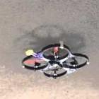 Microspines: Drohne krallt sich an der Decke fest