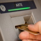 Geldautomaten: Kriminelle erbeuten Millionen in zwei Stunden