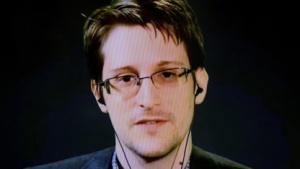 Edward Snowdenim September 2015