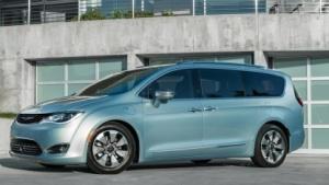 Der neue Minivan Pacifica von Fiat Chrysler soll Googles Sensortechnik bekommen.