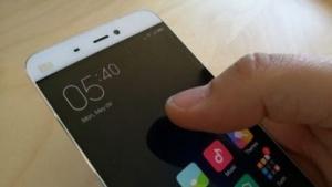 Android-Smartphone: Grundkenntnisse im Programmieren, handelsübliche Hardware