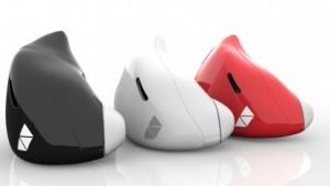 Die Kopfhörer sind per Bluetooth mit dem Smartphone verbunden.