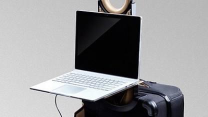 barracuda koffer mit eingebautem notebook tisch. Black Bedroom Furniture Sets. Home Design Ideas