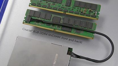 Crucial-NVDIMM mit Superkondensator