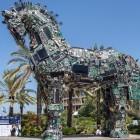 Botnet: Necurs kommt zurück und bringt Locky millionenfach mit