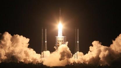 Start der neuen Rakete Langer Marsch 7