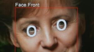 Das Gesicht von Bundeskanzlerin Merkel in der Gesichtserkennungssoftware 'Real Time Face Detector'