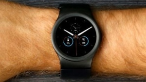 Die modulare Smartwatch Blocks soll im Oktober 2016 ausgeliefert werden.
