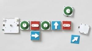Brain Board mit angesteckten Base Boards und Pucks