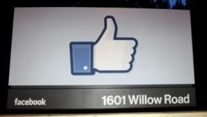 Facebook darf mangels Zuständigkeit weiterhin Daten von Nicht-Nutzern speichern.