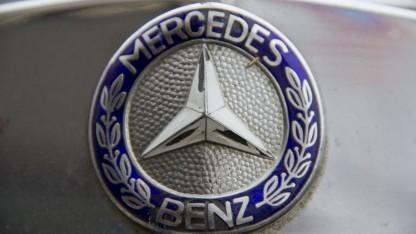 Mercedes-Stern (Symbolbild): keine Produktionsschwierigkeiten wie bei Tesla