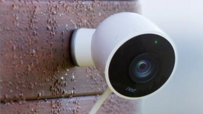 nest outdoor cam google berwachungskamera nutzt personenerkennung. Black Bedroom Furniture Sets. Home Design Ideas