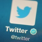 Twitter: Blaue Häkchen auf Antrag