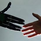 Schrott im Netz: Wie Social Bots das Internet gefährden