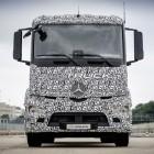 Urban eTruck: Mercedes stellt elektrischen Lkw mit 200 km Reichweite vor