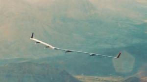 Solardrohne Aquila: schnelles Internet per Laser