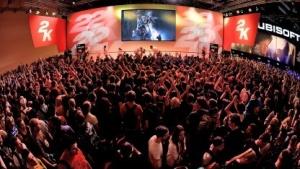 Besucher auf der Gamescom 2015