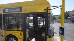 E-Busse auf der Linie 204