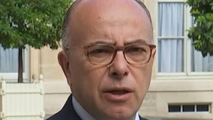 Frankreichs Innenminister Cazaneuve will verschlüsselte Kommunikation knacken.