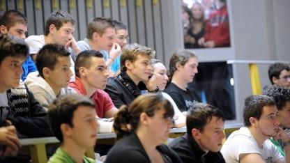 Studenten können künftig den Bafög-Bescheid in ihrem E-Mail-Postfach finden.