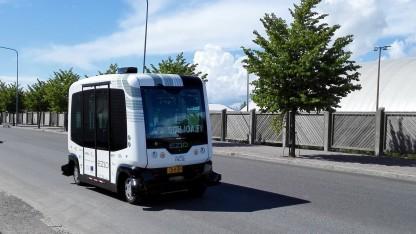 Fahrerloser Minibus EZ10: Ergänzung zum normalen öffentlichen Nahverkehr