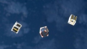 Cubesats im Orbit: Plasmagenerator entwickeln, der in einen Cubesat passt