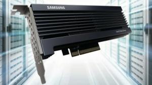 Die PM1725a wird als PCIe- und 2,5-Zoll-Modell angeboten.