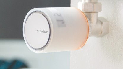 smart home netatmo bringt heizk rperthermostate mit app fernbedienung. Black Bedroom Furniture Sets. Home Design Ideas