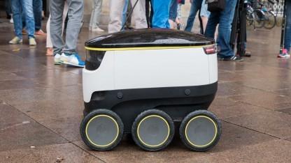 Lieferroboter von Starship Technologies: Adressat bestellt den Roboter per App