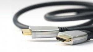 Noch werden HDMI-Verbindungen überwiegend über die eigens entwickelten Stecker übertragen.