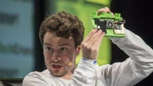 George Hotz präsentiert Comma One: weiter als die meisten Autohersteller