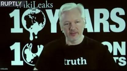 Assange kündigt neue Veröffentlichungen an.