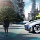 Daimler-Sicherheitschef: Selbstfahrende Autos sollen zuerst Insassen retten