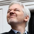 Ecuador: Internet-Stopp für Assange wegen Clinton-Attacken
