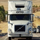 Uber: Roboter-Lkw liefert 50.000 Dosen Bier aus