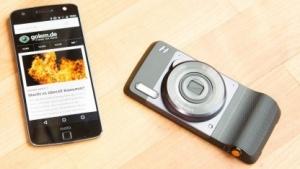Das Moto Z mit dem Kameramodul von Hasselblad