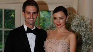 Feingemacht: Evan Spiegel, Chief Executive Officer von Snapchat und seine Verlobte, das Model Miranda Kerr